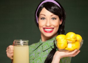 Retro housewife with freshly made lemonade